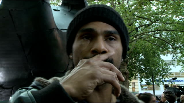 'the dark knight rises' premiere: red carpet arrivals; david haye speaking to press sot david haye interview sot - on his fight with dereck chisora... - ヒート点の映像素材/bロール