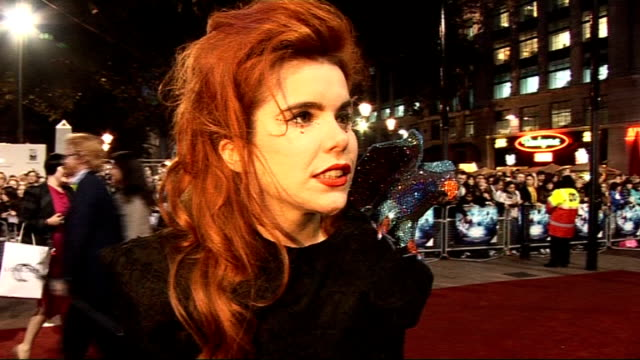 stockvideo's en b-roll-footage met 'the imaginarium of doctor parnassus' premiere red carpet arrivals paloma faith interview sot on terry gilliam / tom waits - terry gilliam