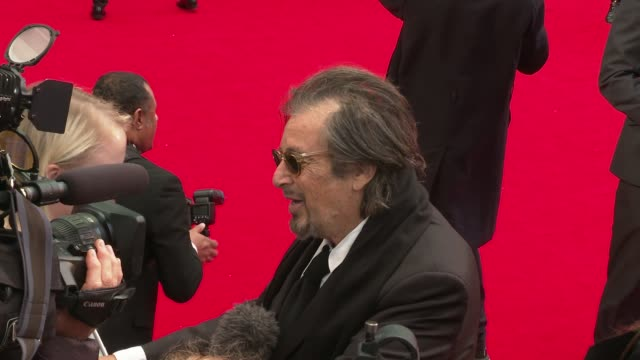 'the irishman' premiere; england: london: leicester square: odeon: ext al pacino on red carpet / pacino posing with robert de niro and martin scorsese - premiere stock videos & royalty-free footage