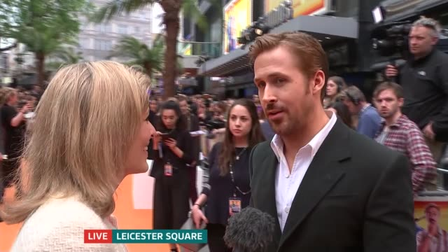 'the nice guys' premiere ryan gosling live interview sot - ryan gosling stock videos and b-roll footage
