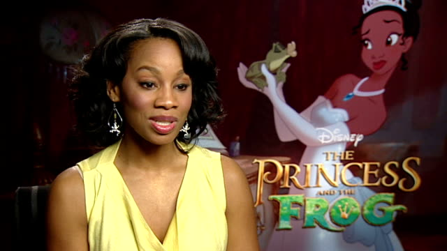 stockvideo's en b-roll-footage met 'the princess and the frog' interviews england london int anika noni rose interview sot dicusses being disney's first black princess how she... - prinses
