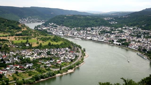 Film-Tilt: aerial Boppard Stadtbild Deutschland