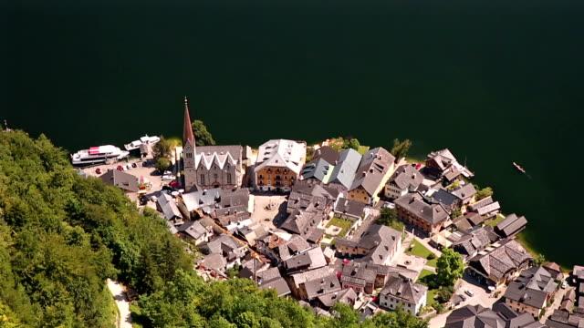 film tilt: aerial view of Hallstatt village and lake, Austria