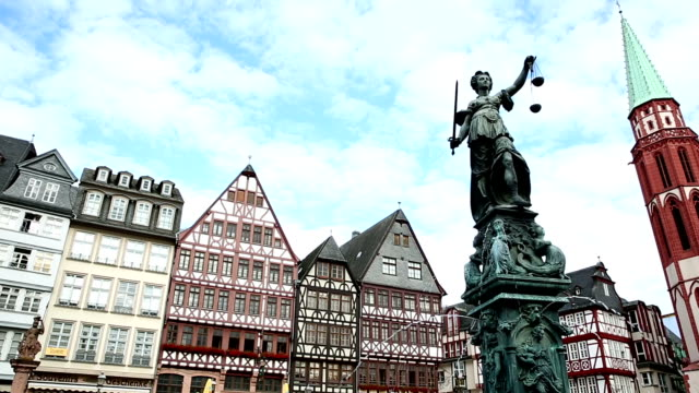 film tilt: pedestrian crowded at romerberg town square frankfurt germany - hesse germany stock videos and b-roll footage