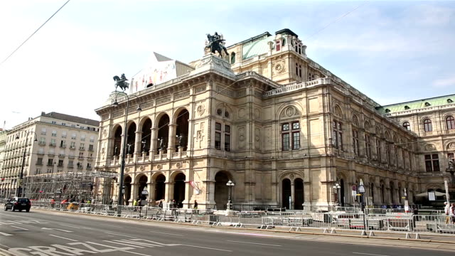 film tilt pedestrian crowded at vienna opera austria - vienna austria stock videos & royalty-free footage