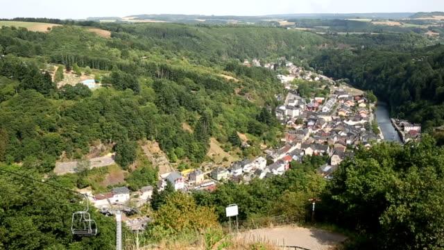 Film-Tilt: Viandener Altstadt Stadtbild in Luxemburg BeNeLux