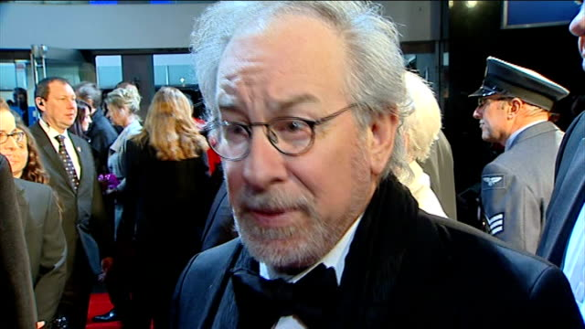 'War Horse' premiere Steven Spielberg interview SOT We used a British crew we used a British cast / I'm a Yank but I'm an honorary knight so in a...