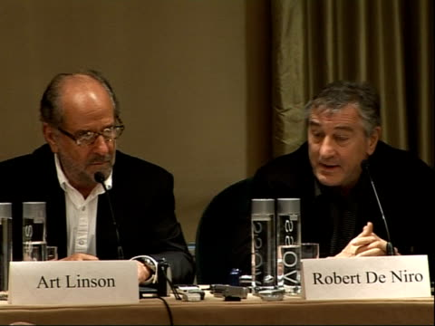 'what just happened?': robert de niro and art linson press conference; - de niro - on how important test screenings are / linson on a third of the... - film screening stock videos & royalty-free footage