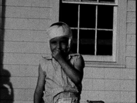 Filmed in 1939 by an unknown Galveston family this home movie captures scenes of daily life on the island