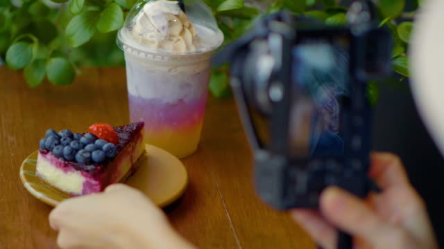 filming  for business - food styling stock videos & royalty-free footage