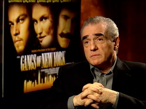 'gangs of new york'; itn london: leicester square: int martin scorsese interview sot - says he probably couldn't have made film without leonardo/ - ギャング・オブ・ニューヨーク点の映像素材/bロール
