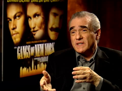 'gangs of new york'; itn london: leicester square: int martin scorsese interview sot - know daniel has studied - ギャング・オブ・ニューヨーク点の映像素材/bロール