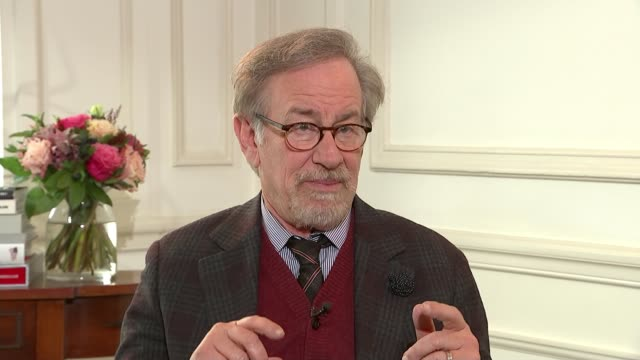 Spielberg says films made by streaming services should not be allowed to compete for Oscars ENGLAND London INT Steven Spielberg interview SOT Reporter