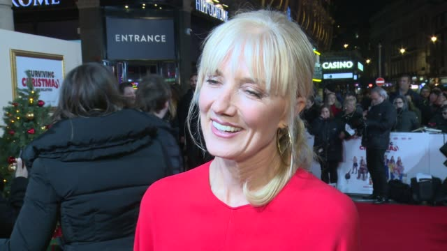 'surviving christmas with the relatives' premiere england london joely richardson interview sot / sir bob geldof arriving / cast posing for photocall - bob geldof stock videos & royalty-free footage