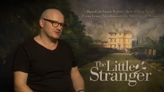 'the little stranger' junket with ruth wilson domhnall gleeson and lenny abrahamson england london int lenny abrahamson interview re 'the little... - lenny abrahamson stock videos and b-roll footage