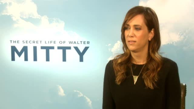 vídeos de stock, filmes e b-roll de the secret life of walter mitty press junket kristen wiig interview sot - kristen wiig