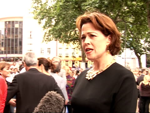 stockvideo's en b-roll-footage met wall-e premiere in leicester square: arrivals and interviews; sigourney weaver speaking to media about working for pixar and roles for older... - sigourney weaver