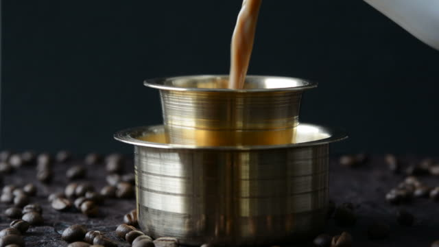 stockvideo's en b-roll-footage met filter coffee - messing about