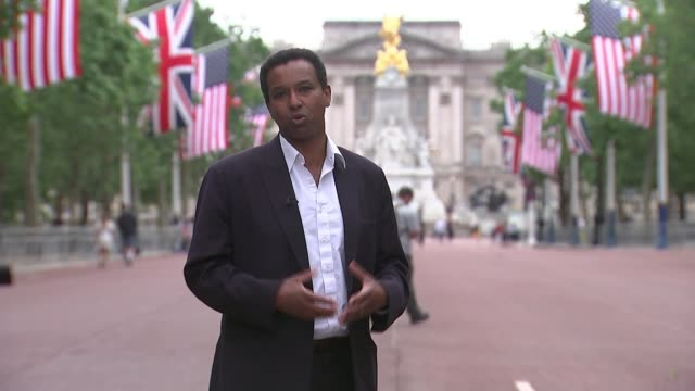 final preparations made for state visit of donald trump and family england london the mall ext reporter to camera sot - ラゲ オマール点の映像素材/bロール