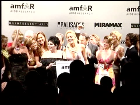 vídeos y material grabado en eventos de stock de finale at the amfar 'cinema against aids' gala presented by miramax films palisades pictures and quintessentially on may 19 2005 - miramax