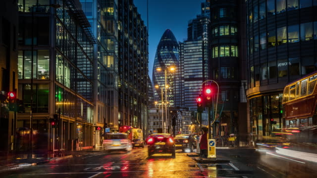 financial district in london at dusk - time lapse - city of london stock videos & royalty-free footage