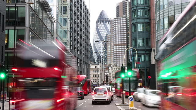 financial district of london - busy stock videos & royalty-free footage