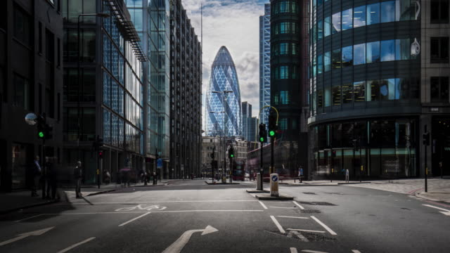 financial streets of london - swiss re stock videos & royalty-free footage