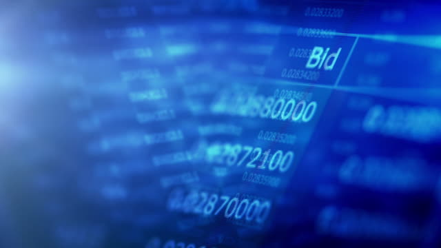 vídeos de stock e filmes b-roll de financial trading chart at digital display - negociante ocupação financeira