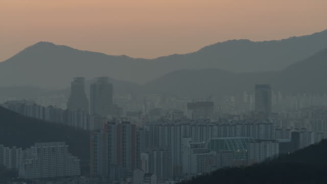 fine dust covering downtown area / anyang-si, gyeonggi-do, south korea - smog stock videos & royalty-free footage