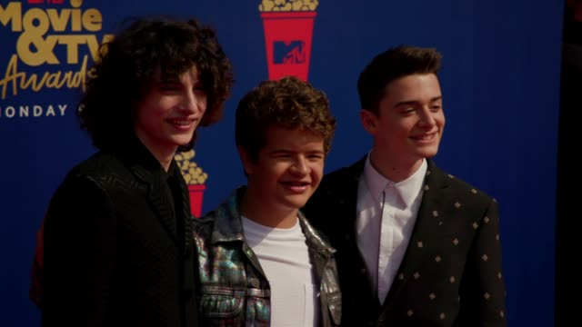 motion finn wolfhard gaten matarazzo and noah schnapp at the 2019 mtv movie tv awards at barkar hangar on june 15 2019 in santa monica california - mtv movie & tv awards stock videos & royalty-free footage