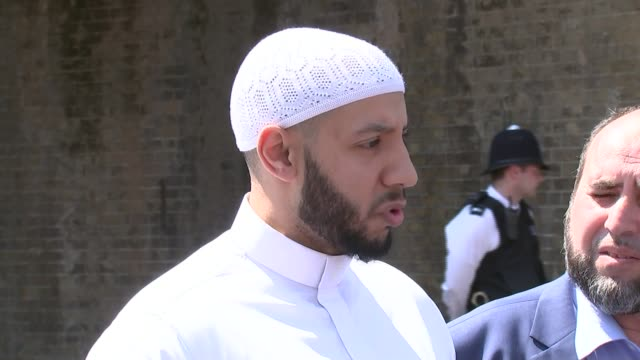 One dead as man drives rented van at Muslims outside mosque DAY Mohammed Mahmoud press conference SOT **Different version shown on PAB** Floral...