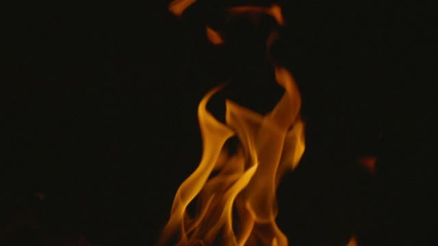 slo mo fire, burning flame. - fuoco video stock e b–roll