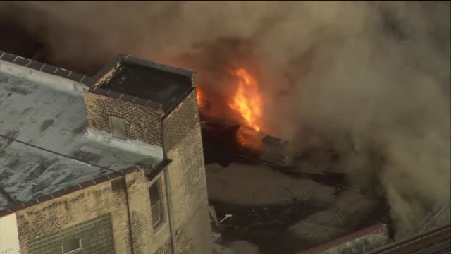 A fire destroyed 3 Wrigleyville businesses The Samah Hookah Lounge The Roadhouse 66 and Thai Classic There were no injuries Aerial Of Flames From...