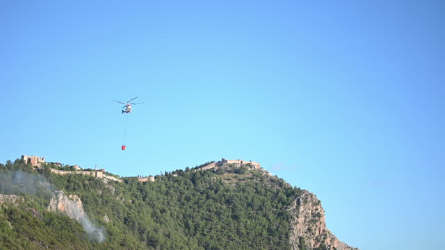 fire fighting helicopter - air raid stock videos & royalty-free footage