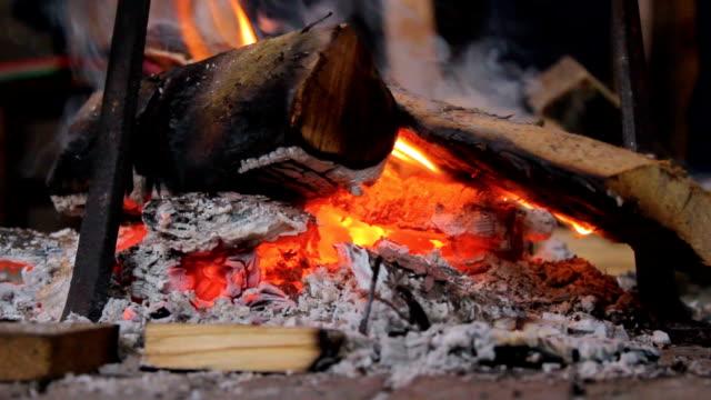 fire flame のクローズアップ - 可燃性点の映像素材/bロール