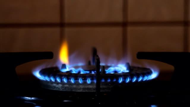 Feuer brennen von einer Küche Gasherd gas