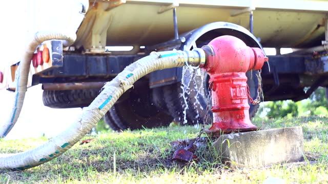 消火栓、トラック - 緊急用具点の映像素材/bロール