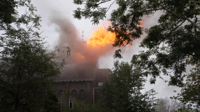 """fire in the roman catholic church of hoogmade on monday november 4 a fire started in the """"onze lieve vrouw geboortekerk"""" during painting work the... - kanzel stock-videos und b-roll-filmmaterial"""
