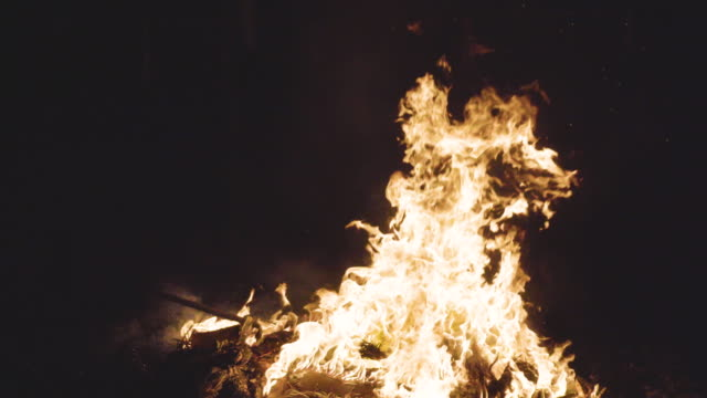 fire joss paper - shinto shrine stock videos & royalty-free footage