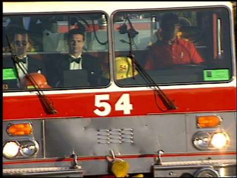fire truck at the 1999 academy awards at the shrine auditorium in los angeles california on march 21 1999 - oscarsgalan 1999 bildbanksvideor och videomaterial från bakom kulisserna