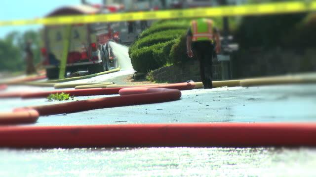 stockvideo's en b-roll-footage met fire truck & hoses #3 - fire hose