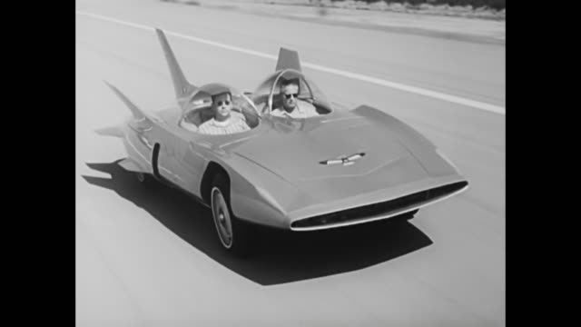 vídeos de stock e filmes b-roll de 1958 gm firebird iii news film - general motors