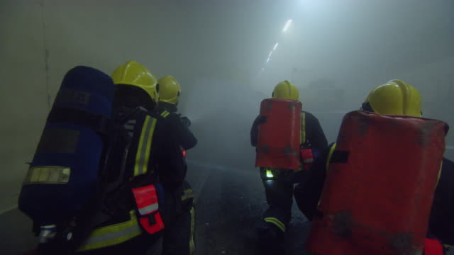 ms firefighters in action / london, england, united kingdom - retter rettungsaktion stock-videos und b-roll-filmmaterial