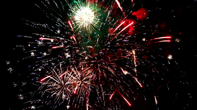 firework display, loopable, slow motion - fourth of july stock videos & royalty-free footage