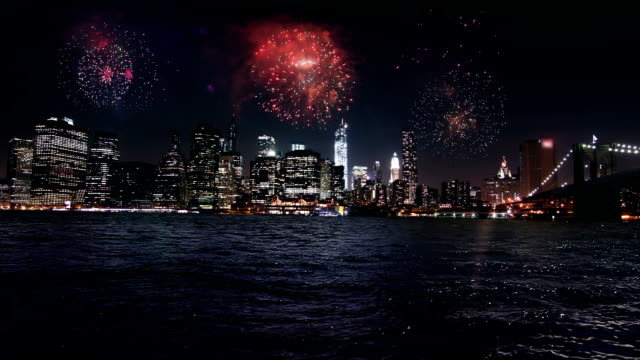 Feu d'artifice au-dessus de Manhattan, New York