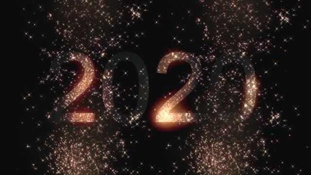 stockvideo's en b-roll-footage met vuurwerk gelukkig nieuwjaar 2020 - nieuwjaar