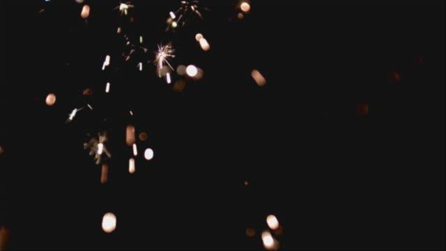 ms slo mo fireworks display at night / san francisco, california, usa - firework display点の映像素材/bロール