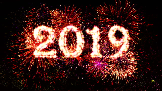 fireworks display countdown 2019 red 4k. - conto alla rovescia video stock e b–roll