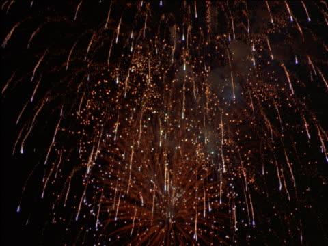 fireworks display - 2001 stock-videos und b-roll-filmmaterial