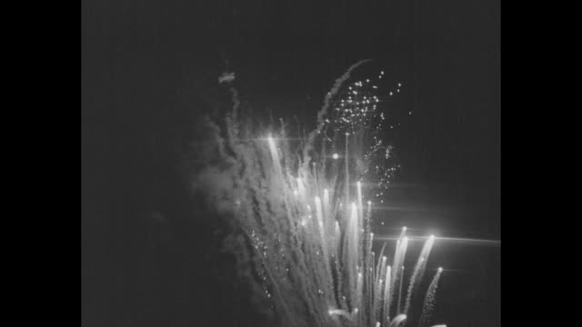 vs fireworks going off at show at the chicago world's fair / note exact month/day not known - chicago world's fair stock videos & royalty-free footage
